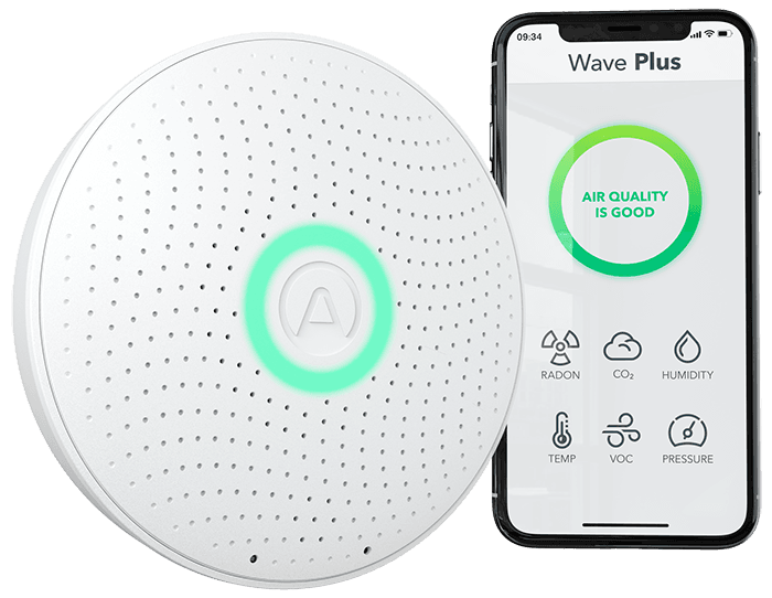 Airthings Wave Plus - Hero Image - Main with Simplified App_GLOW_WEB_Transparent