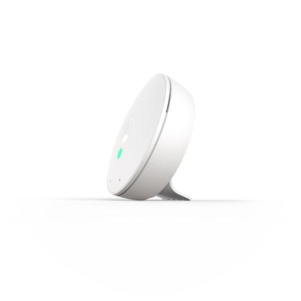 Airthings-Wave-Mini-hero-side-glow-green