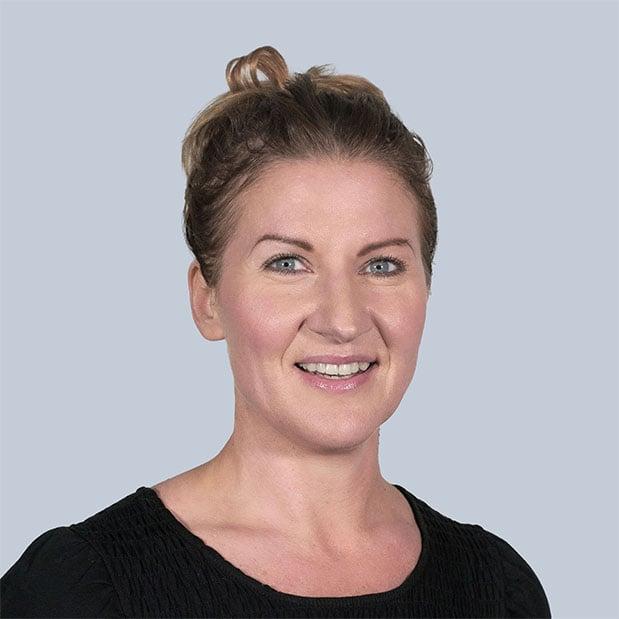 maria-davis-b2b-profile-image2